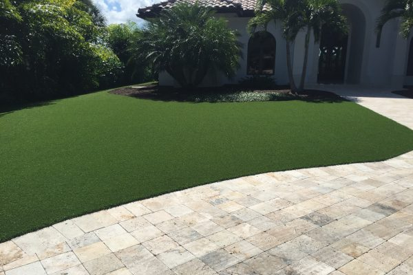 Synthetic Turf Residential Lawn