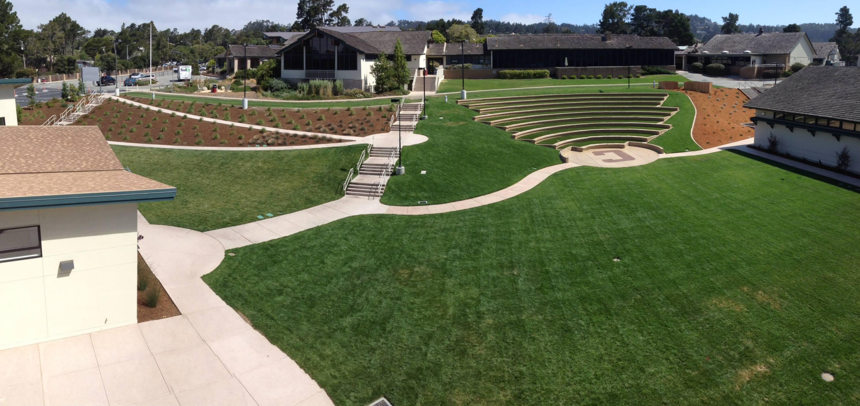 Carmel High School Amphitheatre Xtreme Green Synthetic Turf
