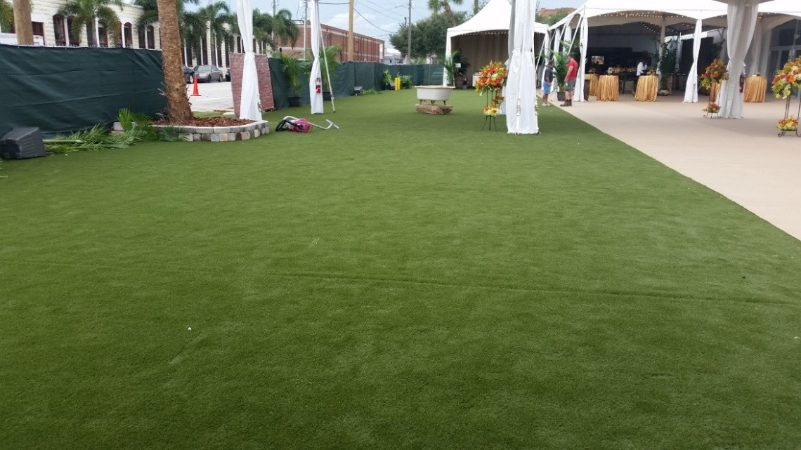 STI's SoftLawn® Elite by Kingfisher Development installation for wedding