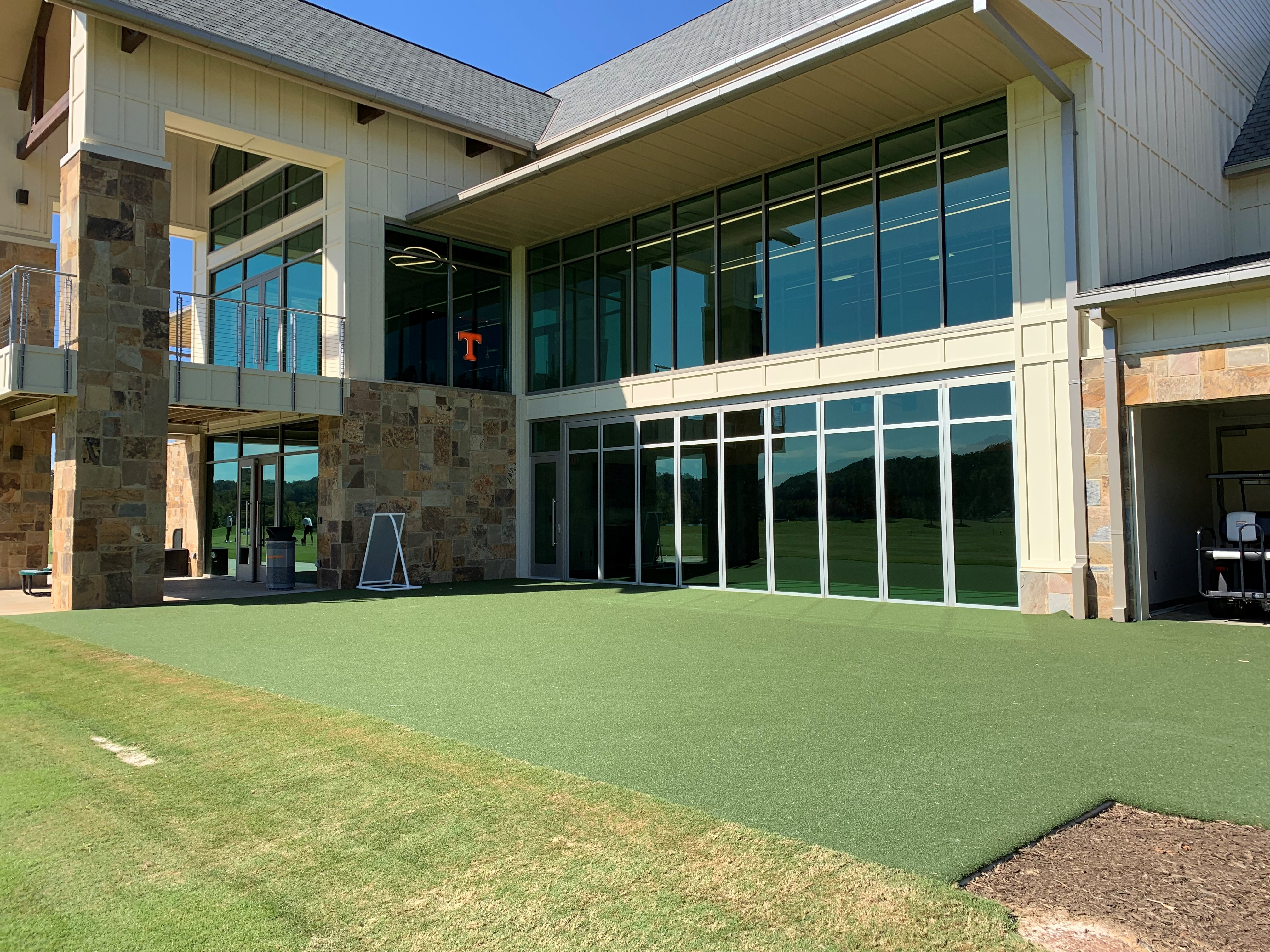 UT GOLF FACILITY